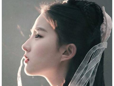 """她原本是《仙剑》女主第一人选,却拒演""""赵灵儿"""",最终成就了她"""