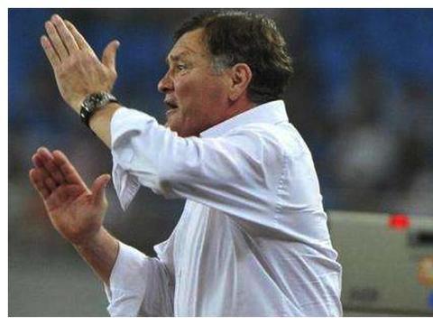 中国足球失利习惯找背锅侠?范志毅:别再说赵鹏了,我和他没过节