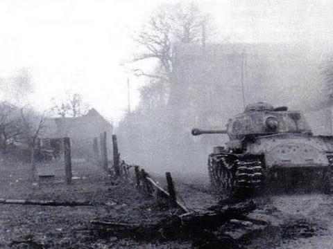 最后的反击,陷入绝地的苦斗:柏林战役中的海因里希大将(下)