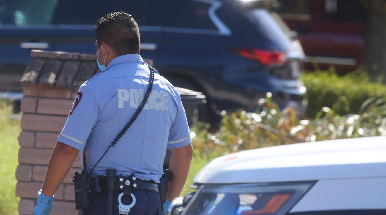 美国得州发生枪击案 两名警员被枪杀