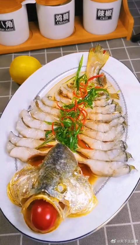 零失败的蒸黄鱼,鲜嫩可口,高蛋白低脂肪,8分钟搞定