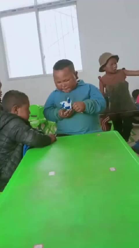 幼儿园扛把子大哥