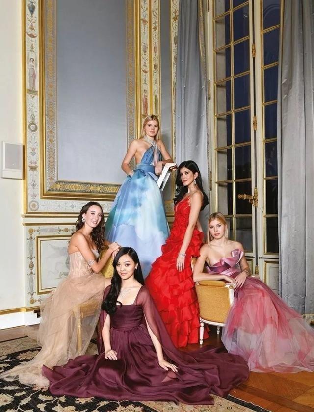 巴黎名媛舞会中的星二代,李连杰、任正非全在列,起跑线差距太大