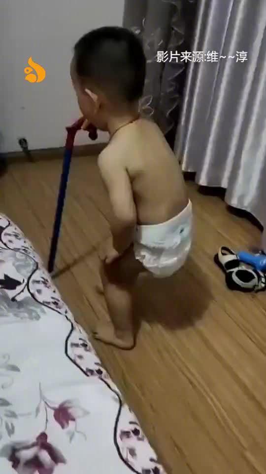 小孩的模仿能力有多强生了个大爷这是