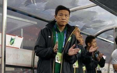 """没跟王宝山走:建业""""夺回""""两位教练,新外教是个狠角色"""
