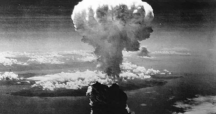 二战广岛原子弹,仅43秒逃生时间,投弹美军如何成功逃离的?