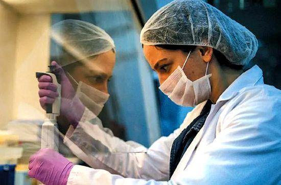 希腊西马其顿地区新冠病例激增 夏令营发现感染者