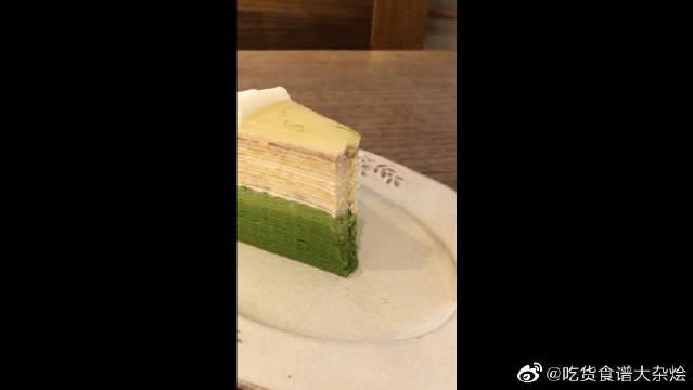 过生日没钱买大蛋糕,那就买一个小的吧,仪式感不能少!