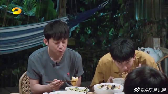 海清吃了一碗接一碗,任重吐槽:吃得鼻涕都出来了