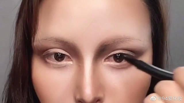 网红小姐姐仿妆蒙娜丽莎,画完的那一刻我以为是本尊