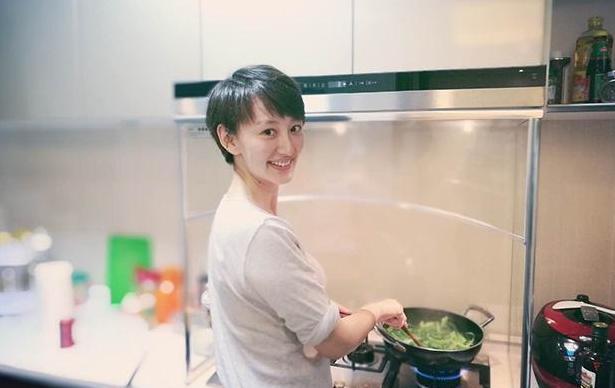 """""""好哥好嫂""""爱巢:室内装修简洁干练,儿童房有旋转木马"""