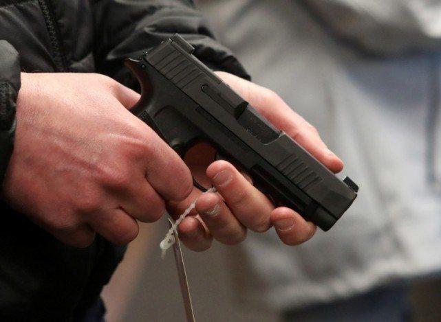 美24岁女子疑似与BLM团体起冲突 当场遭枪击身亡