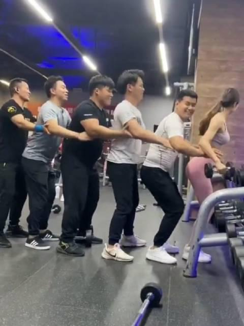 当健身房来了女人后