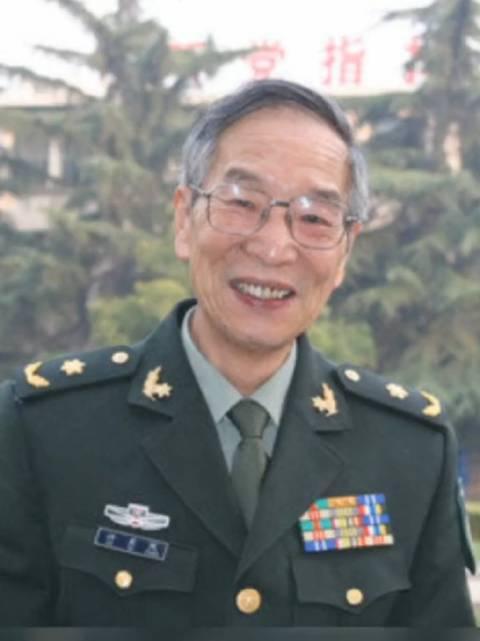 中国卫星导航定位专家、中国工程院院士许其凤……