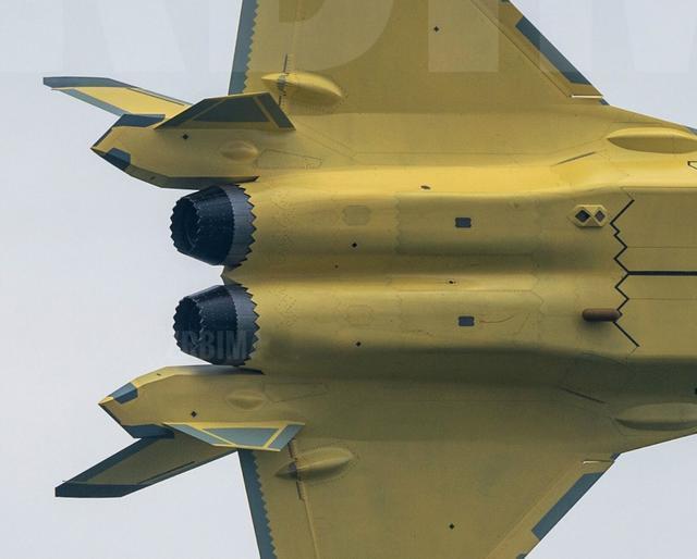 """涡扇-10推力近16吨,歼-20""""心脏病""""基本解决,涡扇-15尴尬了?"""