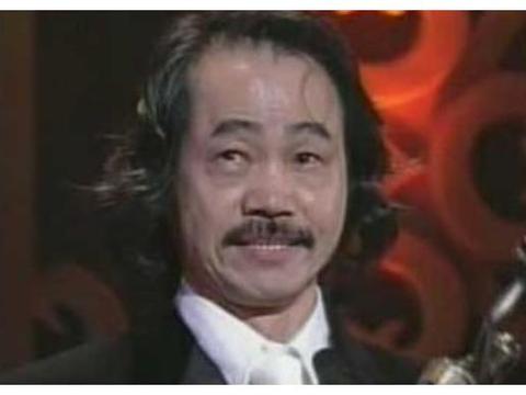 他是李小龙替身,成龙洪金宝都得叫他大哥,今退出娱乐圈生活贫困