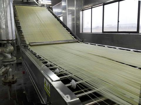 创新+科技:自动化米粉机械适用于用户、适用于发展