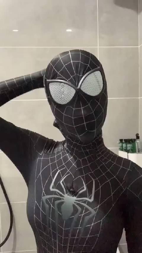 见过这个版本的蜘蛛侠吗