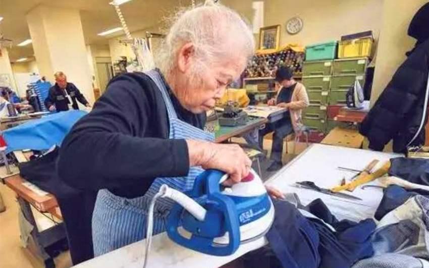 都说日本福利好!中日两国老人老年生活竟天差地别,令人深思