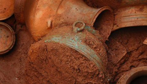 广州工人挖出一黑洞,揭开南越古国真实面纱,专家:终于找到你