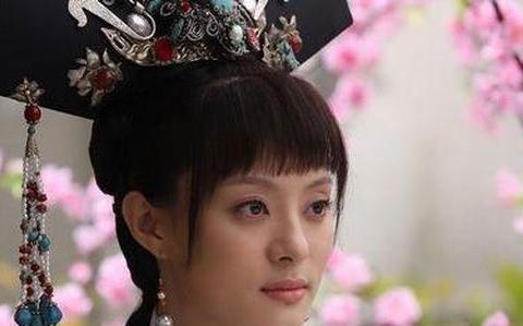 甄嬛传:甄嬛最疼的女儿叫雪魄,剧版为什么不播?实在有悖人伦