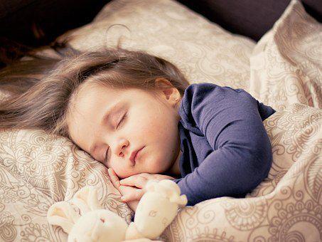 小孩免疫力差怎么办?试试这些方法+汤臣倍健牛初乳加钙咀嚼片
