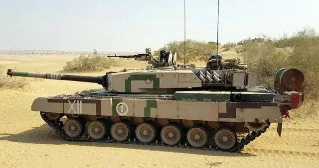 印度军方不签合同让购118辆阿琼坦克计划变传说,研发46年仍无果