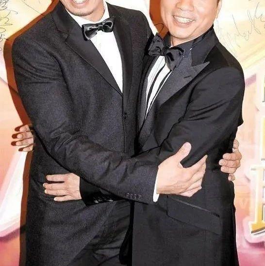 """好男人!TVB两位视帝新剧合作无间,自曝从没有女艺人""""主动送上门"""""""