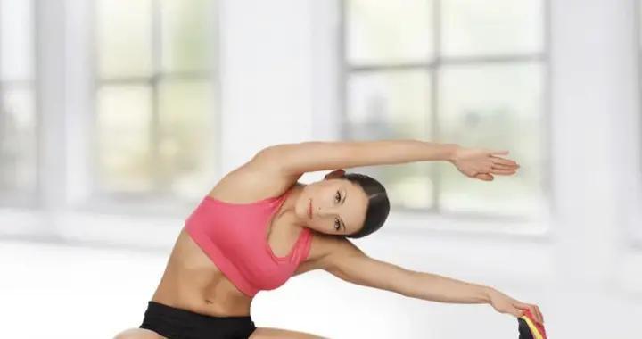 做好6个拉伸动作放松全身肌群,让你的柔韧性无极限