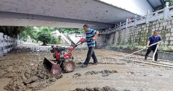 """""""柳州制造""""新机器,投入清淤效率高"""
