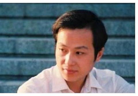 2009年,在罗京葬礼上几度昏厥的刘继红,改嫁富商后,如今怎样了?