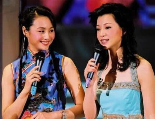 曾是央视最红主播,与李湘争一姐,下嫁跑龙套演员,儿子是星二代