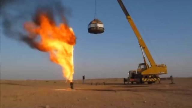 油气田原来是这样熄灭油气井的,涨知识了!