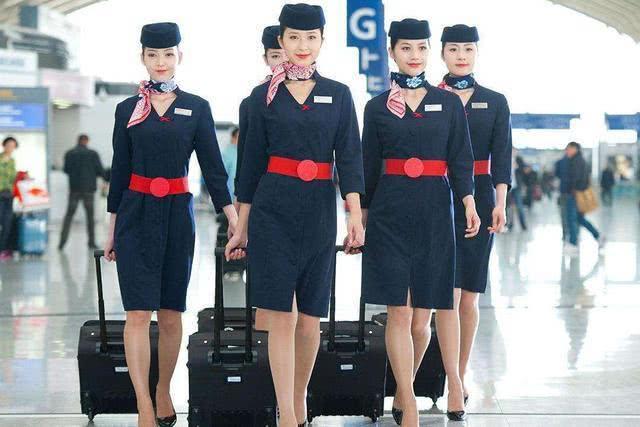 私人飞机上的空姐和民航空姐有什么区别?