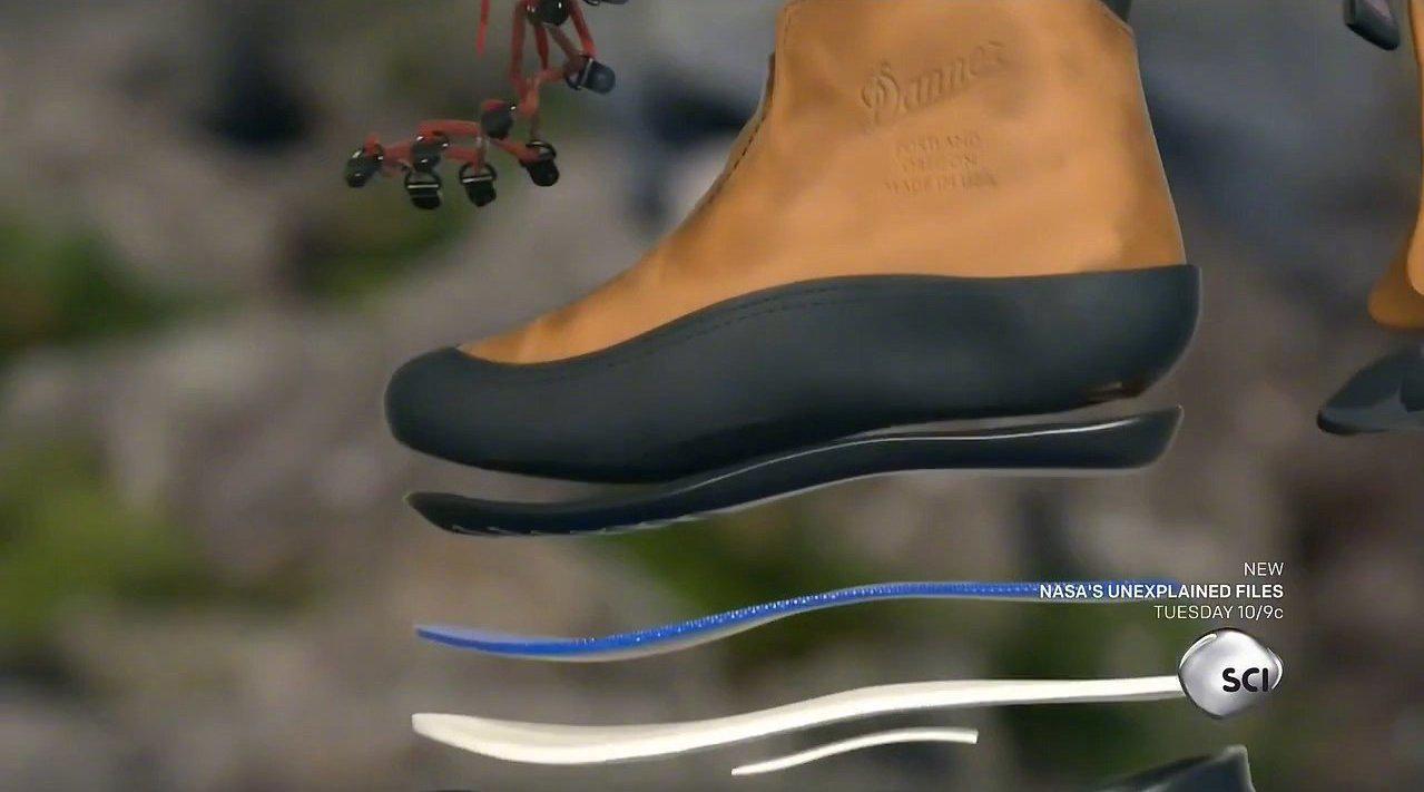 户外鞋与皮革 Hiking Boots and Leather