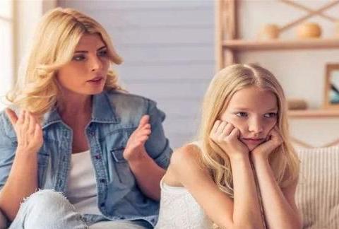 """父母的溺爱是""""另类伤害"""",娃不但不会成长,还可能变""""熊孩子"""""""