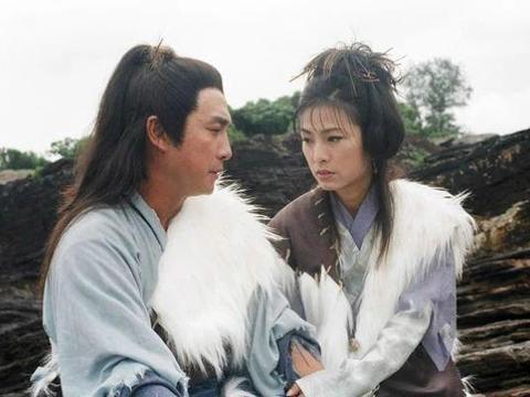 """71岁刘松仁和65岁米雪再同框,身边的四位大佬更加""""引人注目"""""""