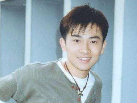 苏有朋18岁、林志颖18岁,再看霍建华18岁,林心如真是太幸福了!