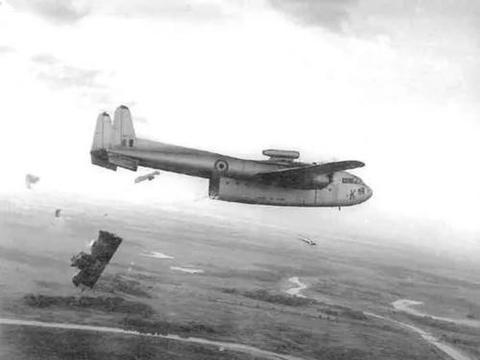 印度和巴基斯坦的空军较量:印度被打碎4架飞机,剩下的不敢再飞