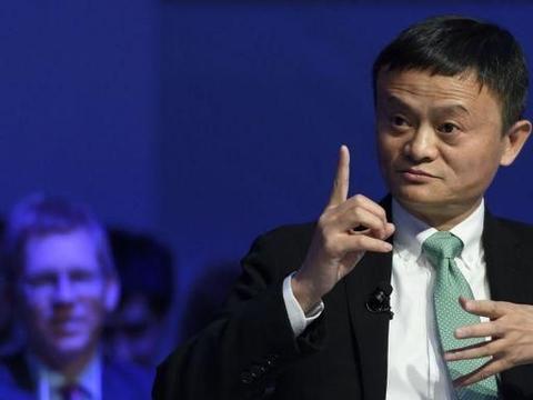 新亚洲首富诞生:拿下4900亿财富,他的赚钱速度比马云马化腾还快