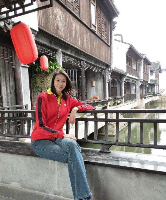 排球女神赵蕊蕊近况:退役后成作家,精神世界丰富,今38岁仍单身