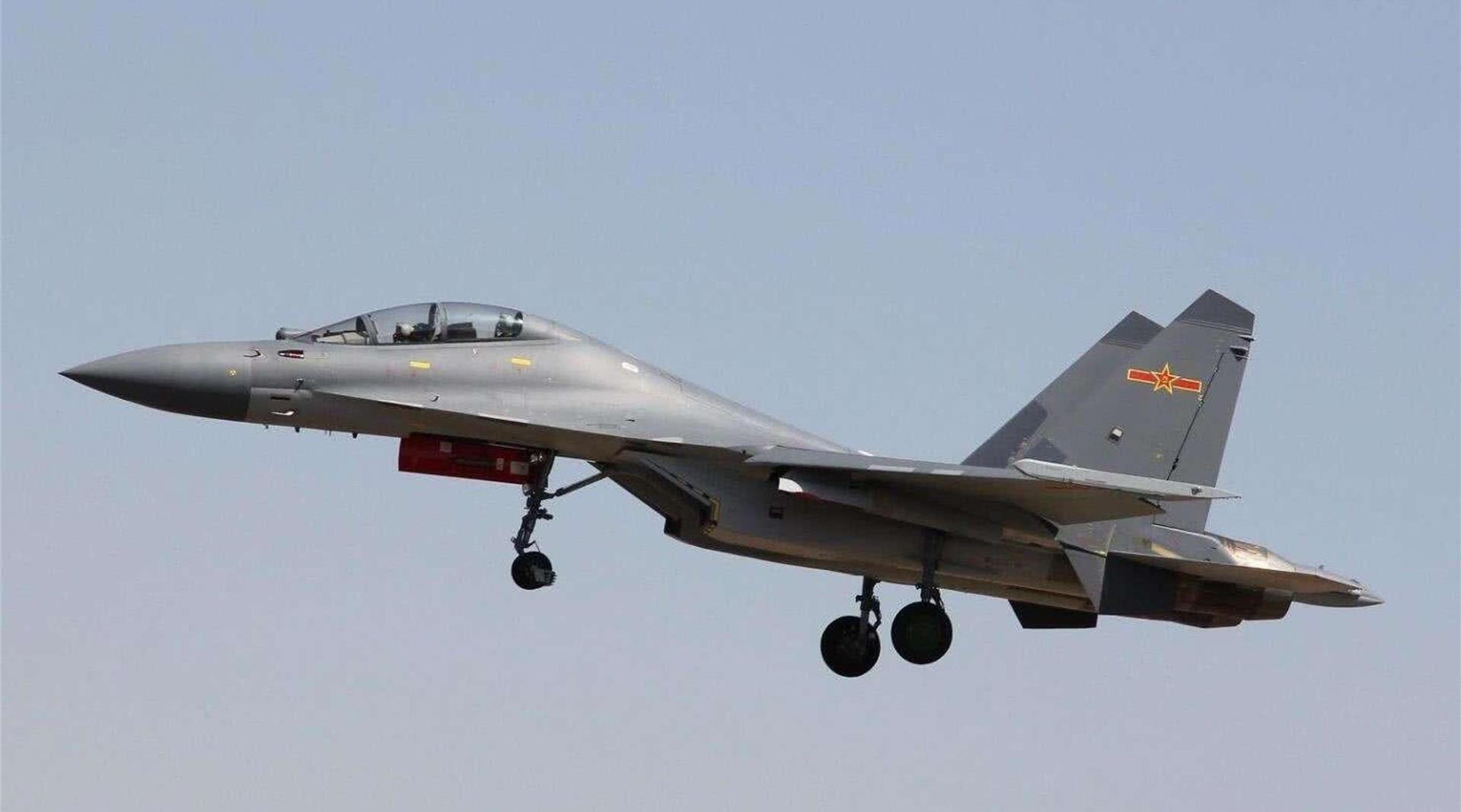 连俄罗斯都承认了,中国歼16赶超苏27家族,除了5代机罕有敌手