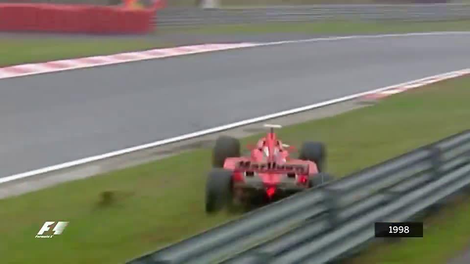 12车连环相撞!F1史上最惨烈的事故