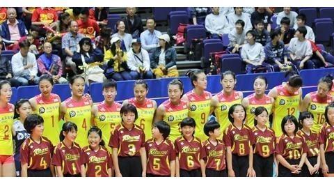 中国女排两位置新人难逆袭,这四人仍是首选,东京奥运或一人掉队