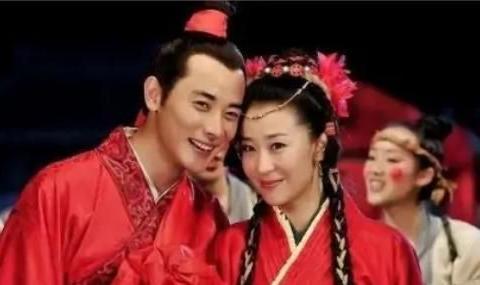 """曾经的""""穆桂英"""",嫁比自己大19岁的富豪,生子老公送私人飞机"""