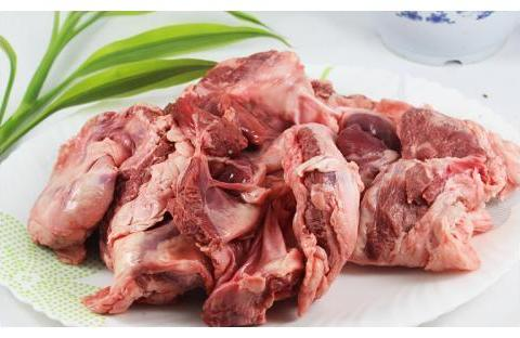 """猪身上""""最""""有嚼劲的一块肉,猪肉摊一般不卖,若点名要就是内行"""