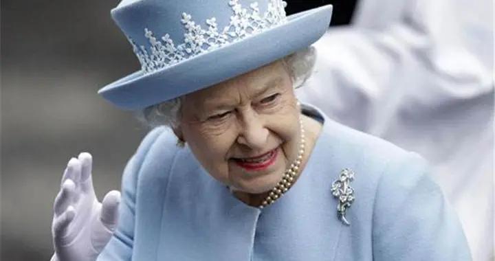 英国女王的豪宅曝光?还没有查尔斯的花园气派!最值钱的是壁画?