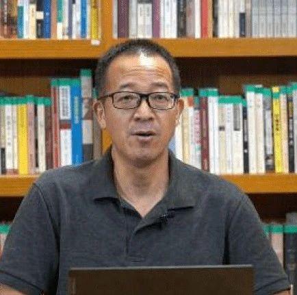 【观点交锋】俞敏洪:填志愿要远离家乡。你赞同吗?