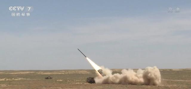 大大减少导弹使用频率,中国远程火箭炮改掉缺点,可实施点穴打击