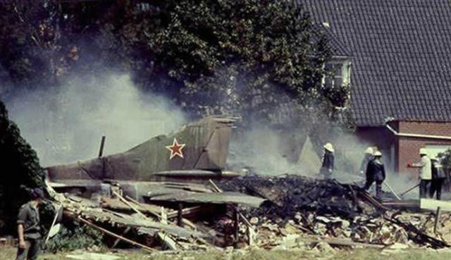 """31年前,一架""""幽灵战机""""失事,比利时小伙躺枪,当时发生了什么"""